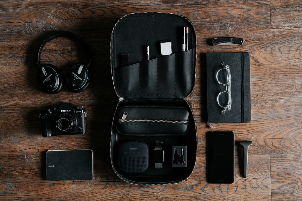 Tech and travel gear